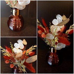 Bouquet de fleurs séchées rouge et blanc
